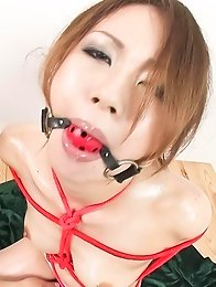 Sara Seori Asian has body tied in ropes and gets finger in pussy