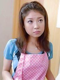 Mafuyu Hanasaki Asian brings orgasms with dildo and vibrator