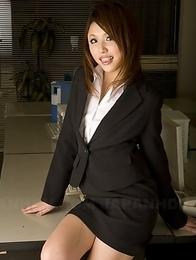 Hot Rino Mizusawa shows her skills