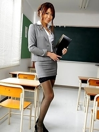 Yuno Hoshi poses as a hot teacher