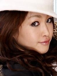 Babe Yu Yamashita poses on the set