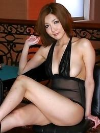 Japanese porn babe Yuna Hirose