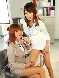 Pretty porn babes Jun and Yuuno