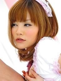 Hitomi Yoshino gets a nice facial