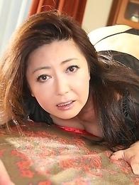 Hot lady Ayano Murasaki shows off