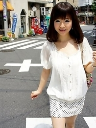 Hot wifey Ayu Kawashima shows off