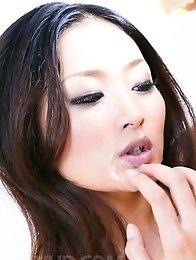 Risa Murakami Asian strokes dongs to get cum on her hot titties
