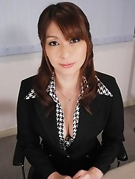Araki Hitomi Asian busty has vagina filled with dick and dildo