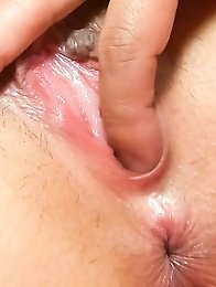 Hazuki Rui Asian has asshole and peach fucked with sex toys