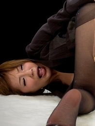 Kaede Oshiro fingers her own juicy pussy like crazy in this hot little gallery