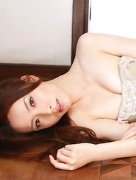 Saki Seto plays revealing or not the boobs game for you