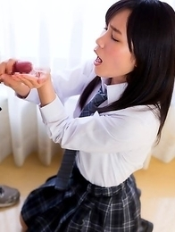 japan schoolgirl Kasugano Yui suck cock