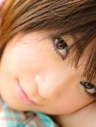Mayu Kamiya takes juicy titties out of bra to enjoy sun
