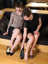 Leggy beauties Marie and Aoi Shino using their toes and soles to get him off