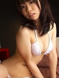 Hikari Azuma shows hot bum in short jeans and in thong